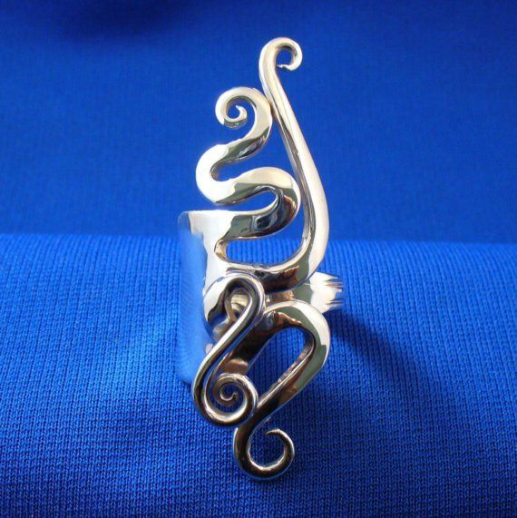 Hey, I found this really awesome Etsy listing at https://www.etsy.com/listing/50323626/solid-sterling-silver-real-fork-ring