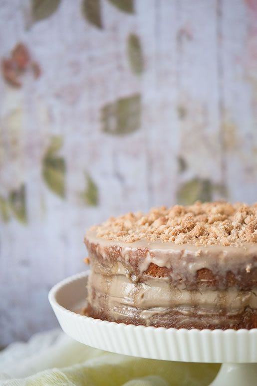 Café au lait Cake {recipes for cake layers; Pastry Cream; Crumb Topping; Coffee Glaze}   recipes from Hungry Rabbit