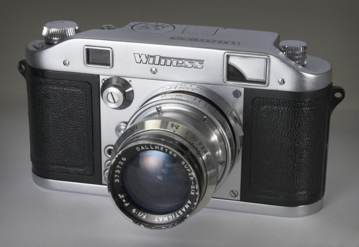 Witness 35mm camera made by Peto Scott in England, c. 1959In 1947 Ilford announced the Witness, a 35mm interchangeable lens rangefinder camera. However the Witness did not reach the mass market until 1953, when only 350 were produced. In 1953 the Witness was priced at £121-16-8. Manufacture of the camera was later taken over by Peto Scott Electrical Instruments.