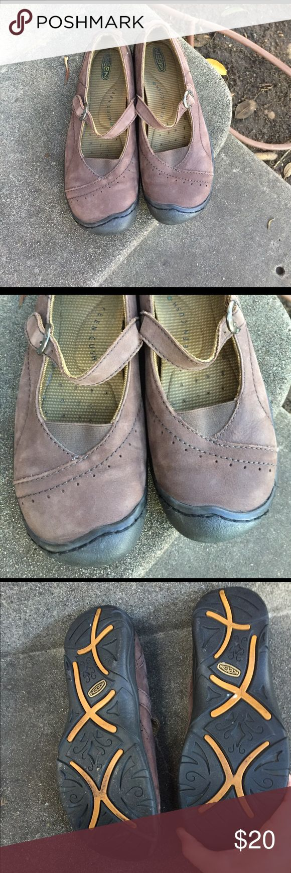 Keen brown leather Mary Jane's Size 8.5 very gently used. All of the exterior and tread are in excellent condition. The footbed is also in great shape and it's lots of cushion. I've only worn them a few times. Very clean Keen Shoes Flats & Loafers