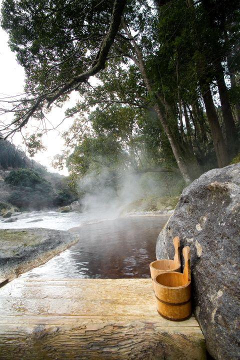Myoken-Ishiharaso Onsen in Kagoshima, Japan by Superpotato | Image by Jimmy Cohrssen