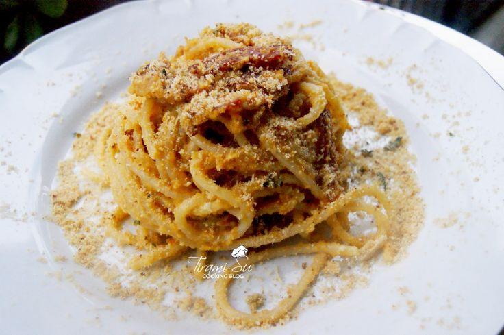 Spaghetti croccanti alla crema di zucca e speck