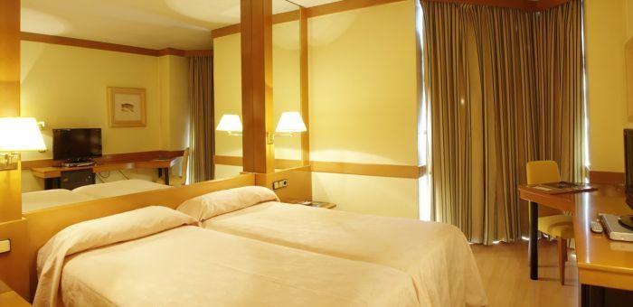 Hotel en Segovia - HOTEL LOS ARCOS - AR Hoteles
