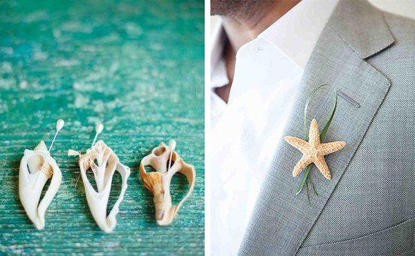 Beach wedding boutonnieres. (via Martha Stewart Weddings)