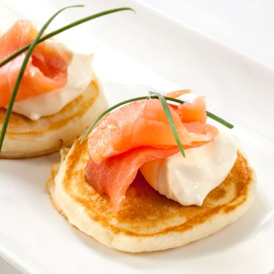 smoked salmon + creme fraiche blinis (topped with capers?)