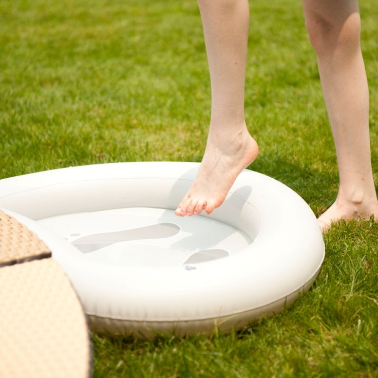 Inflatable+tray+for+feet