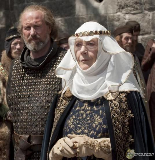 Robin Hood William Marshal (William Hurt) and Eleanor of Aquitaine (Eileen Atkins), the Queen Mother