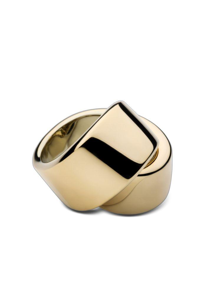 Abbraccio ring by Vhernier