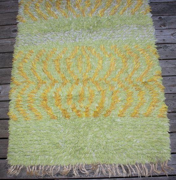 Fantastic vintage handwoven Rya Rug / Carpet with decorative