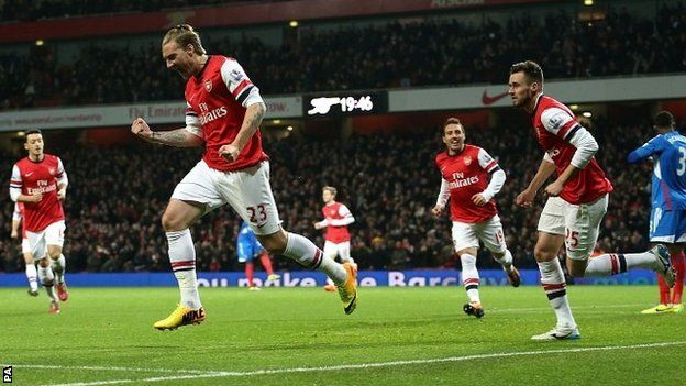 Nicklas Bendtner of Arsenal FC against Hull City FC