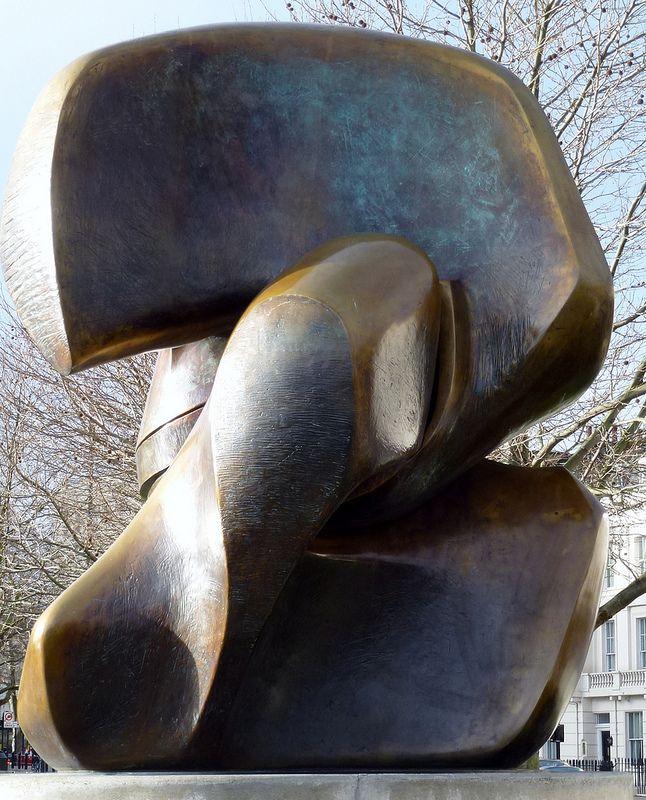 Henry Moore, Locking Piece (1964) | par jacquemart