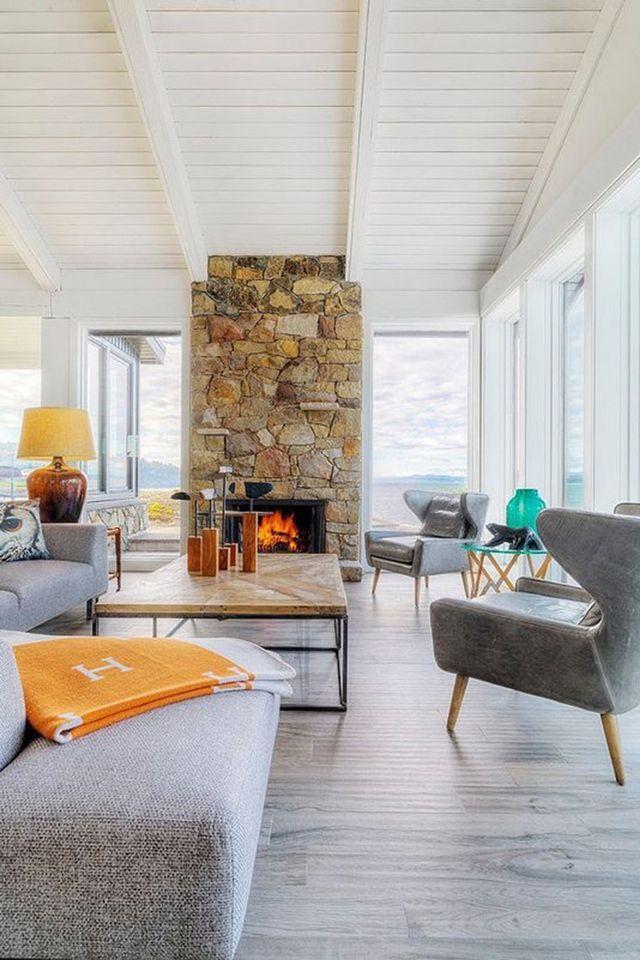Beach House Decor Ideas - Interior Design Ideas for Beach Home