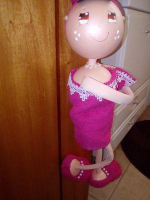 O Estaminé da Xé: Boneca de porta WC