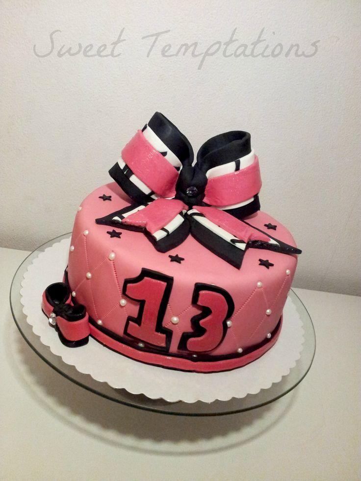 Best 25 Cheerleader Cakes Ideas On Pinterest