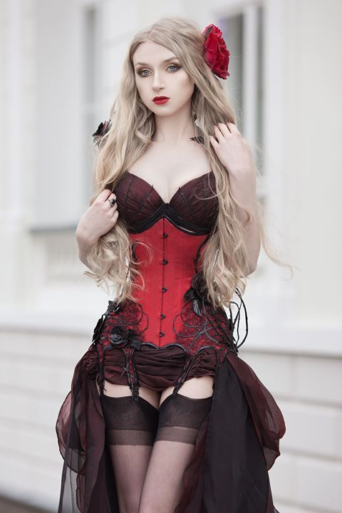 Model, photo: Absentia Corset: Royal Black Couture & Corsetry Welcome to Gothic and Amazing |www.gothicandamazing.com