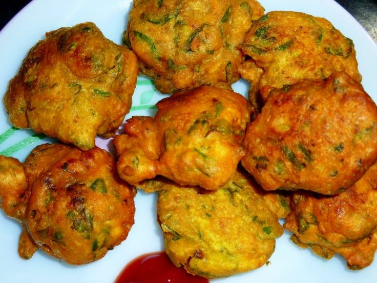 Food From North India | Methi Ke Pakore | Methi Ke Pakode | Frenugreek Leaves Fritters Recipe