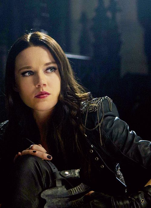 Isabelle Lightwood (TMI: City of Bones)