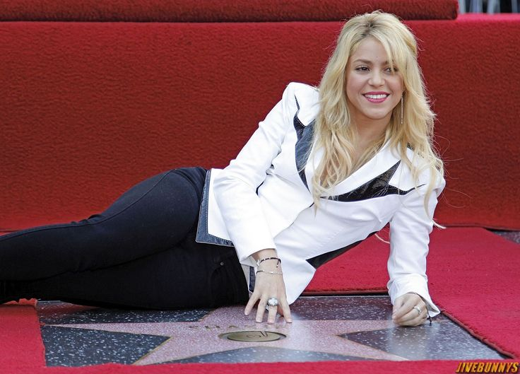 Shakira - Colombian Singer Photos Gallery 1