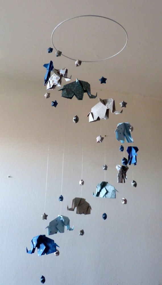 mobile b b origami el phants et etoiles bleu marine gris art ideas pinterest. Black Bedroom Furniture Sets. Home Design Ideas