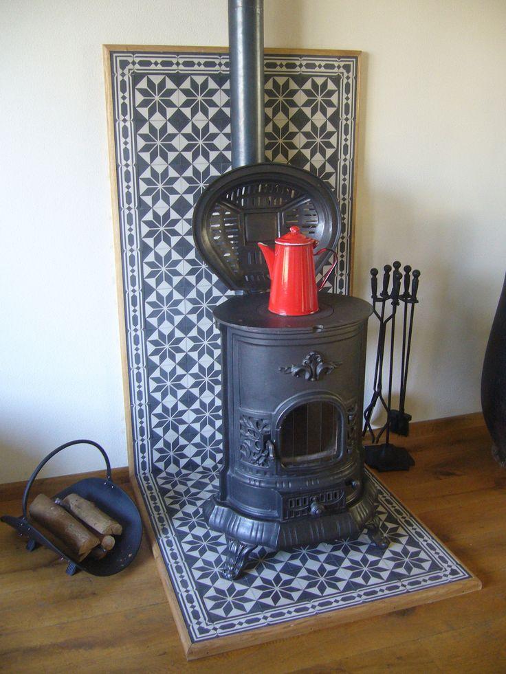 25 beste idee n over marokkaanse woonkamers op pinterest gezellig appartement decor bruine - Keukenmuur deco ...