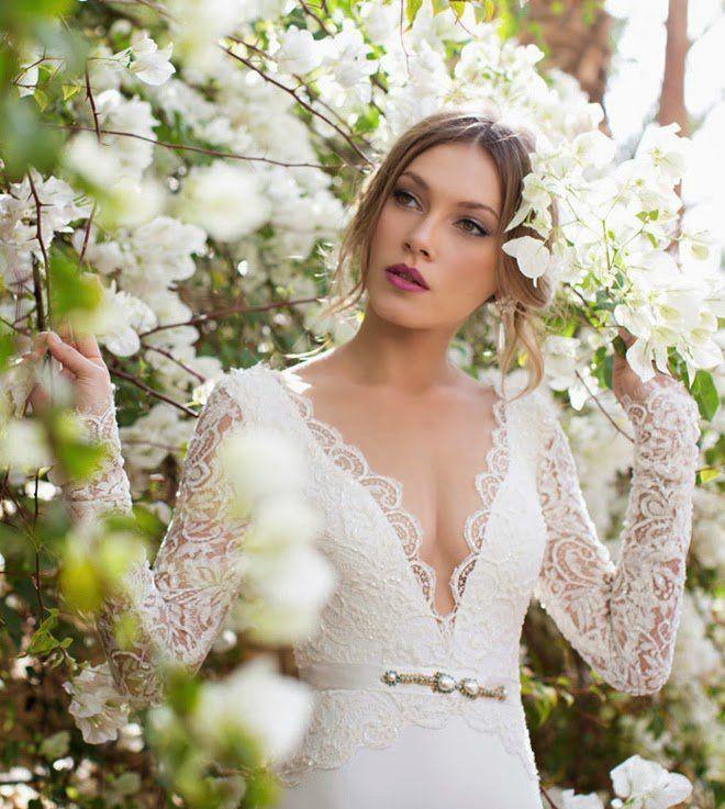 Brautkleider mit Spitze-Überzug und Satin-Gürtel, Orchid Kollektion