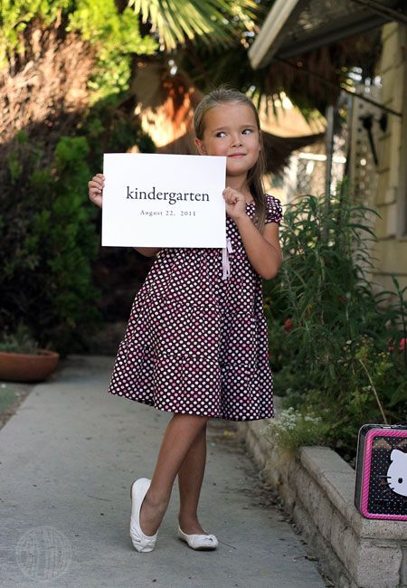 First day of school photo ideas kindergarten pinterest