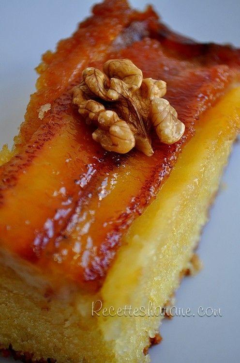 Un succulent gâteau à base de bananes caramélisées et noix de coco, avec une texture ultra moelleuse... un petit concentré de saveurs tropicales! Pour un gâteau de 8 parts...