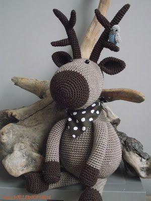 Rena em crochetT Estas e outras criações lindíssimas em:  http://willewopsie.blogspot.nl/  willewopsie