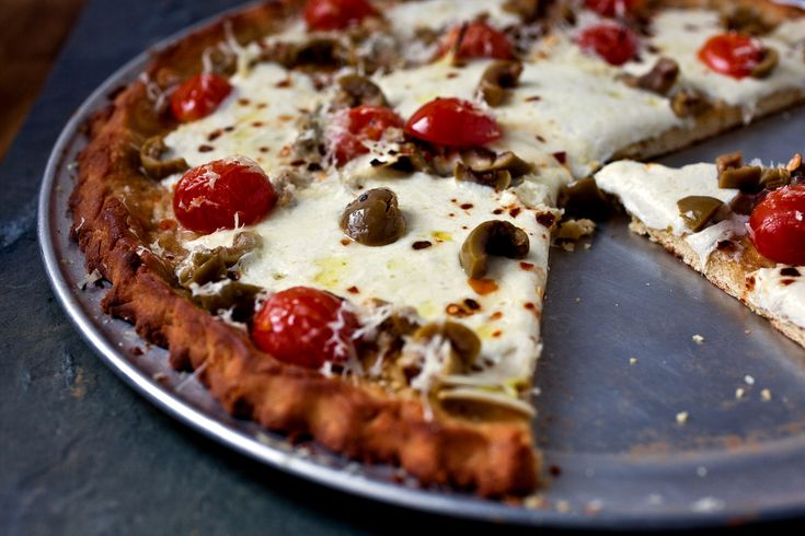 This pizza has a full-flavored, crackerlike crust with a pleasing if slight chew.
