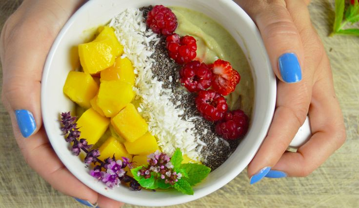 yoghurt bowl raw vegan paleo recept (swedish website)