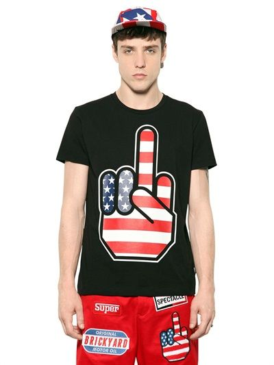 LOVE MOSCHINO - MIDDLE FINGER PRINTED COTTON T-SHIRT - LUISAVIAROMA - LUXURY SHOPPING WORLDWIDE SHIPPING - FLORENCE