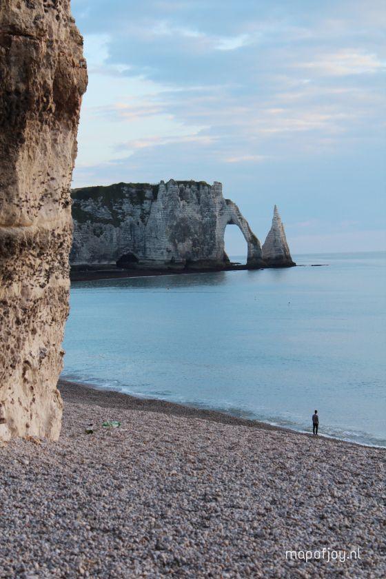 Reisverslag Étretat, Normandië, Frankrijk in tekst, foto en video - Map of Joy