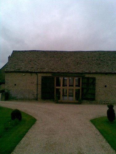 http://www.jandjroofingandbuilding.com/  A wonderful stone roof we completed.Stone slate has a peaceful, country feel to it.  Silver Copse,  Oxford Road,  Frilford Heath,  Oxford,  OX13 5NW