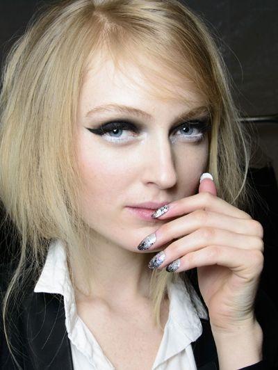 Zwart-witte ogen @ Libertine a/w 2014 - Onze favoriete beautylooks @ New York Fashion Week a/w 2014
