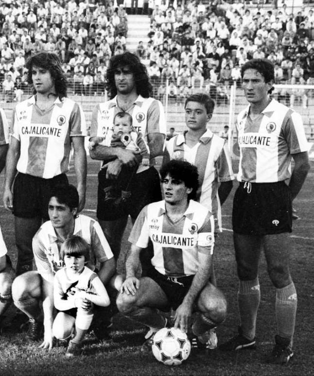 l1985 Botella, Kempes, Juan Carlo, Carlos y Parra.
