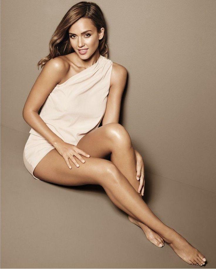 Jessica alba nude on red carpet