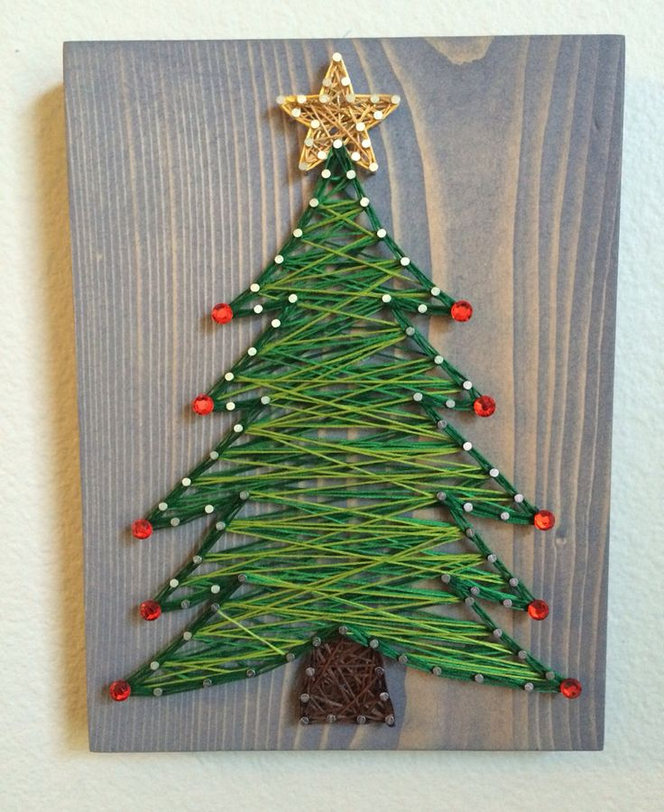 Christmas tree string art - Order from KiwiStrings on Etsy or Facebook! (www.KiwiStrings.etsy.com or www.facebook.com/KiwiStrings