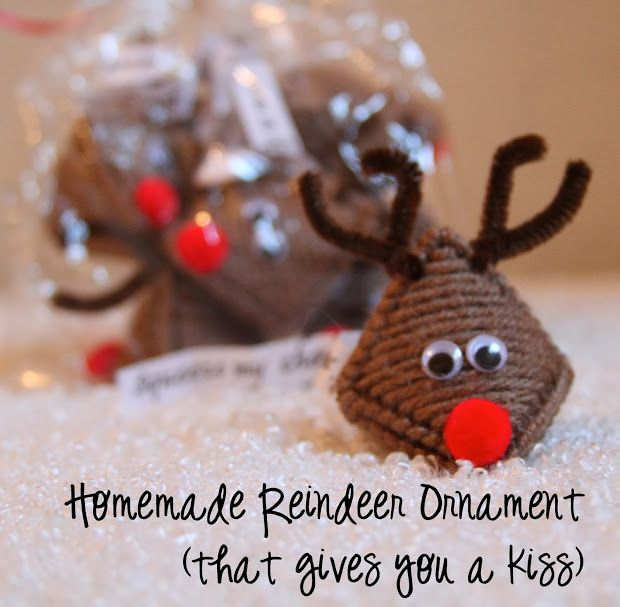 "Reindeer Ornaments that give you a ""kiss"". Tutorial. Mum used to make these"