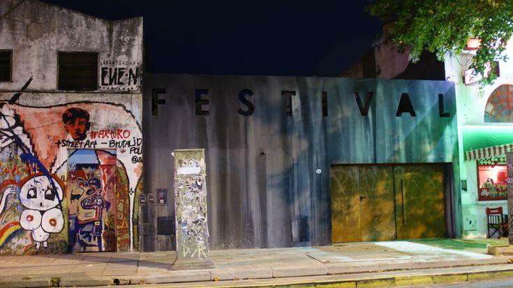 Simple y austero, Festival recuerda más los bares alternativos de Kreuzberg en Berlín que los típicos barcitos de Palermo Hollywood.