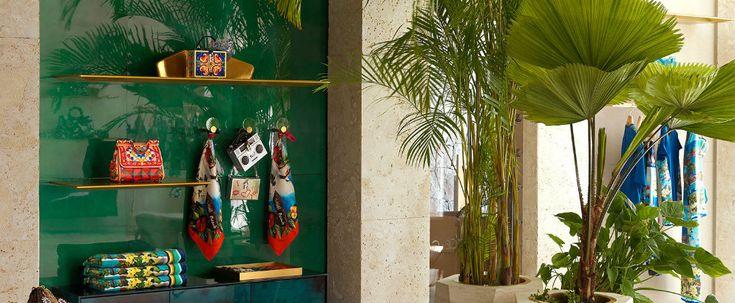 Midcentury modern interiors - Dolce and Gabbana opened a new boutique  #interiordesign #luxury #decoration #decor #furniture #lighting #lamps #mid-century #architecture #Architects #design #inspiration #ideas #bocadolobo #delightfull #brabbu #koket #cabinets #rugs #upholstery #sofa #retro #jazz #house #home #residential #commercial #projects #dubai #london #showroom #kitchen #bedroom #livingroom #outdoor #usa #america #studio #brabbu #bocadolobo #madrid #newyork #miami #colorado #interiors…