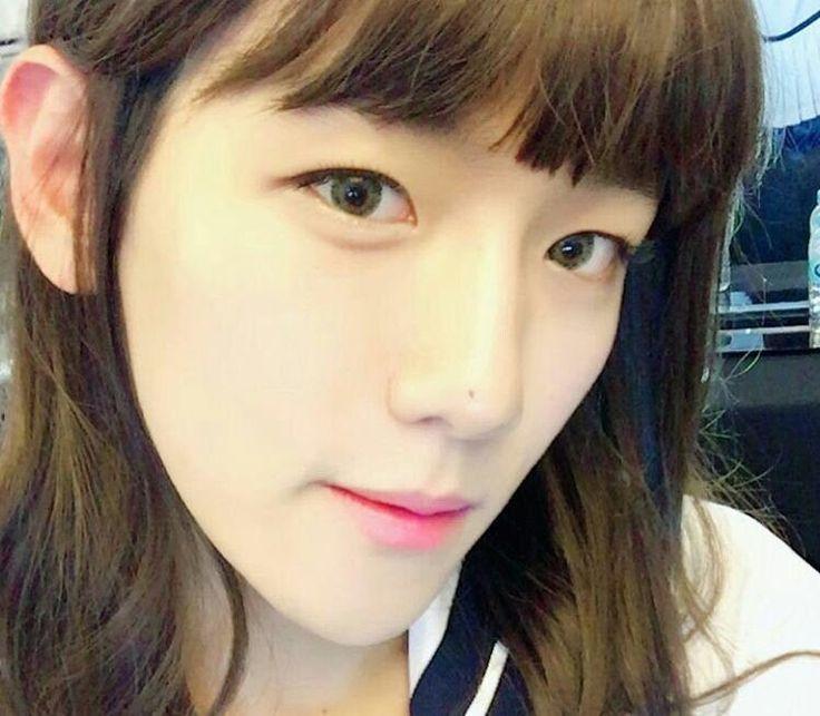 EXO's Baekhyun looks prettier than girl on latest selca - http://www.kpopvn.com/exos-baekhyun-looks-prettier-than-girl-on-latest-selca/