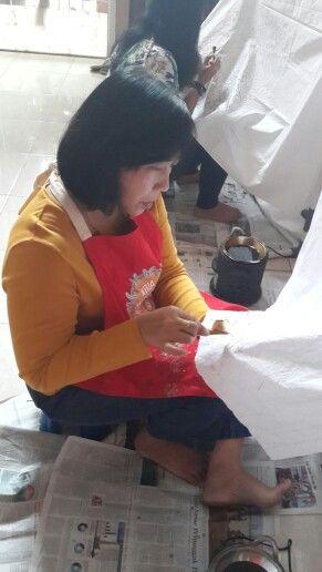 The batik activity... @ Griya Khenest Galery perumahan Citra Gran Cibubur Kota Bekasi Indonesia...