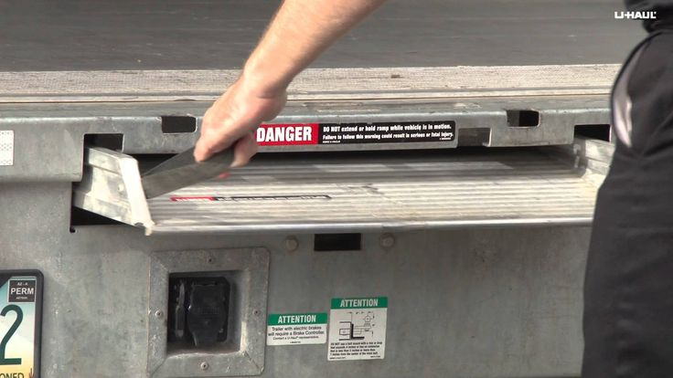 Learn How To Use A U Haul Moving Truck Ramp And Roll Up