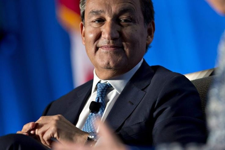 United CEO to Donate Heavily to Help Employees Affected by Hurricane Harvey  United Airlines CEO Oscar Munoz is pledging as much as $1 million of his own money to match donations to the companys employee-relief fund in the wake of Hurricane Harvey. Bloomb