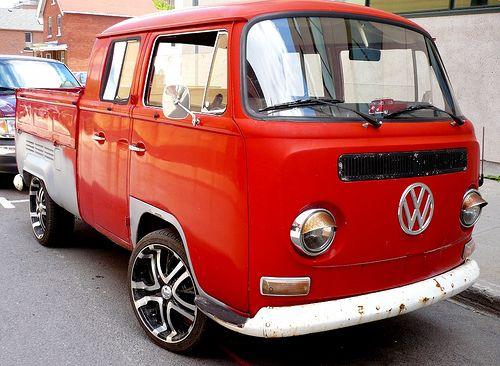 78 best ideas about volkswagen transporter t2 on pinterest volkswagen vw camper and vw vans. Black Bedroom Furniture Sets. Home Design Ideas
