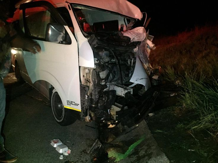 Taxi collided with the rear end of a heavy goods truck at Van Reenen's Pass http://shar.es/13RfHc  @traumaresponse