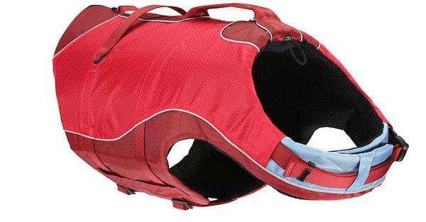 """El Surf N Turf de Kurgo® es 2 en 1, además de ser un chaleco salvavidas para tu perro también es un impermeable. Este chaleco es increíble porque tiene un zipper en la parte de atrás que puedes abrir para quitarle el """"elemento flotante"""" y puede ser utilizado como un impermeable para protegerlo en tiempo de lluvia."""