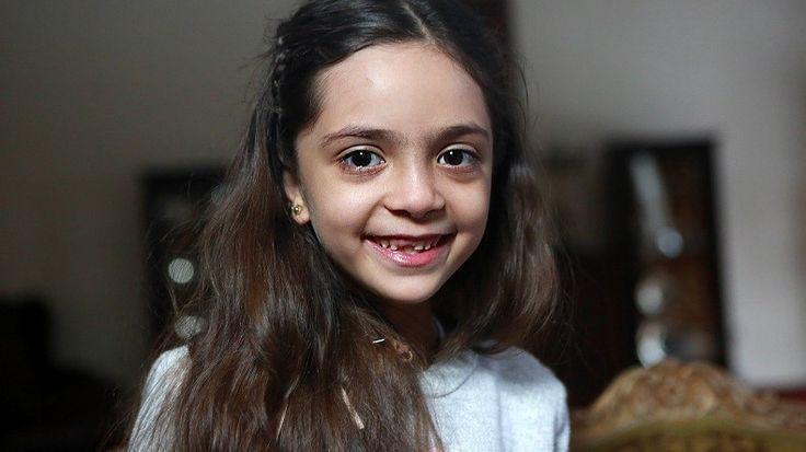 Bana, la jeune «tweeteuse d'Alep», remercie Donald Trump d'avoir bombardé la base syrienne  QUE DES MENSONGES (ZERO)