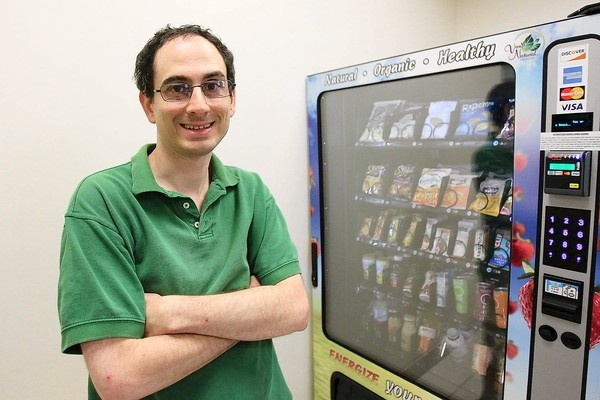 Man with autism brings healthy business to Towson City Center for Adults with Autism