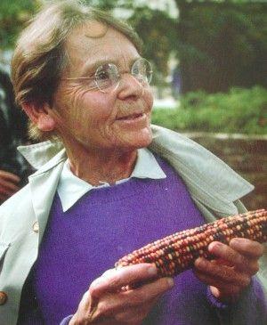 25+ best ideas about Barbara mcclintock on Pinterest | Lise ...